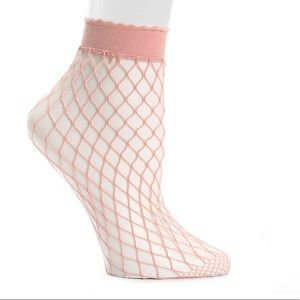 (2)pks Steve Madden fishnet Women's Ankle Socks